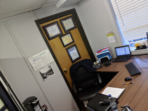 Bureau 🏢 lease buy or rent commercial & office space in
