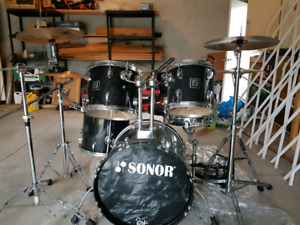 Sonor 503 Drum Kit with Hardware and Cymbals