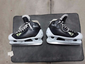 Graf Pro Goalie Skates with Overdrive Blade 8.5 W