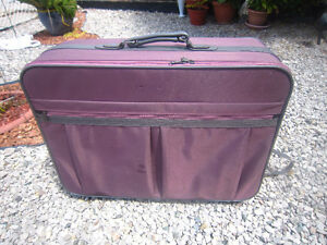SUITCASES/LUGGAGE-STRATHROY London Ontario image 1
