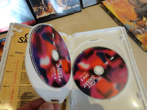 18 Like New DVD's, Blu Ray's and 4 DVD Full Episode Sets Kitchener / Waterloo Kitchener Area image 8