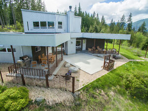 Incredible lakeview home with acreage!
