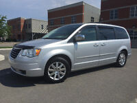 2008 Chrysler Town & Country**TV DVD**STOWNGO Fourgonnette,