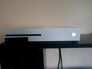 Setup Ultime Xbox One + Jeux. *Prix négociable*LIRE DESCRIPTION*