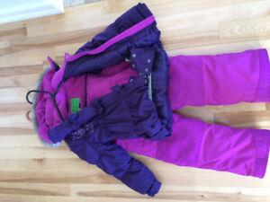 Manteau et pantalon de neige (2-3 ans)(Fille)