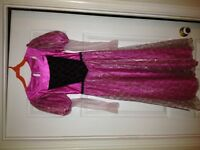 ROBE DE BARBIE MEDIUM 6-7-8  ANS NEUVE (COSTUME D'HALLOWEEN)