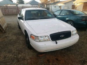 2011 Ford Crown Victoria ex-RCMP w/ optional LSD TRADE?