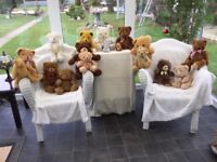 TEDDIE BEARS A VERY NICE COLLECTION OF 17 VARIOUS BEARS. ALL BEARS IN VERY GOOD CONDITION.