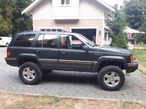1994 Jeep Grand Cherokee Limited 4.5' Lift $3500 obo / Trade