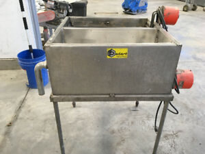 Beekeeping Equipment & Hive Boxes for Sale