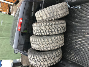 Selling 4 Goodyear Wrangler Tires