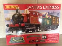 Hornby santas express train set with extension track