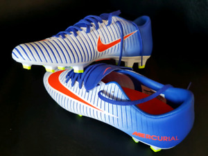 Brand new Nike soccer cleats -Size 7.5
