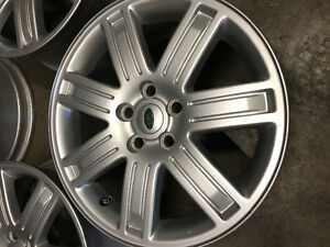 4 Landrover mag wheels for $250   All four for $250.  Land Rover