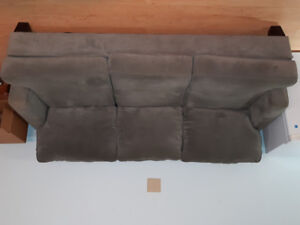 3 seat couch for sale!!