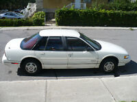 1990 Oldsmobile Cutlass supreme Sedan