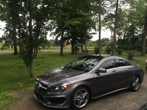 2015 Mercedes Benz CLA 250 4Matic AMG, Premium package.  11288km