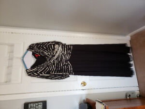 Black Gown size 18