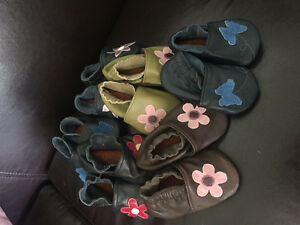 Handmade leather baby slippers