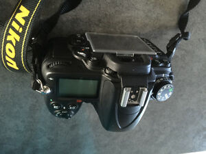 Barely used Nikon D7000
