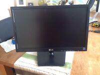 "19"" LG Widescreen Monitor"