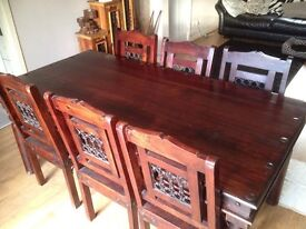 BARGAIN SOLID TABLE & 6xCHAIRS