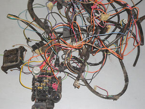77-81 Chevy Camaro Z-28 fuse box/wiring harness/various parts