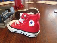 INFANTS CONVERSE TRAINERS NEW