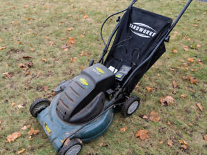 Cordless lawnmower (no battery)