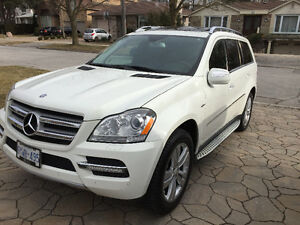 2010 Mercedes-Benz GL350 BlueTec Diesel. 4MATIC