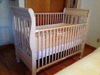 CRIB SLEIGH BED STYLE $100