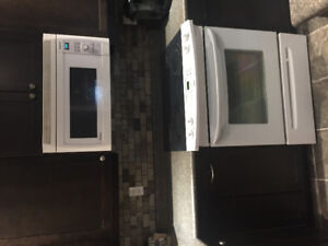 Kenmore flat top oven 5 years old 250-749-4997 or obo