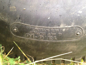 Set of 4: Turf tractor tires