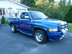 1996 Dodge Other Pickups Camionnette