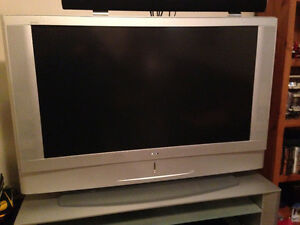 TV - Sony Grand Wega. Great Condition