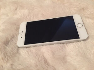 Mint IPhone 6 with Otterbox Case Bell/Virgin mobile