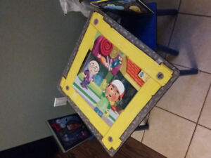 Handy Manny table and chairs