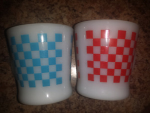 Very Rare D handle Fire King checkered mugs