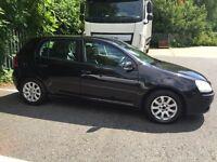 BLACK VW GOLF 1.6 FSI. 2005. Manual. Petrol.