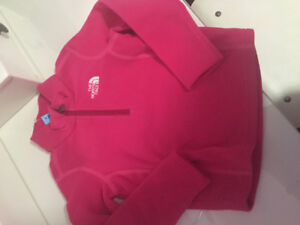 Girls North Face pullover brand new with tags