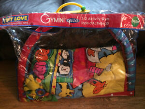 Gymini Deluxe 3-D Activity Gym (0-10mths)