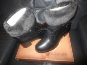 Blondo Fiory Leather Waterproof Boot Size 7 1/2