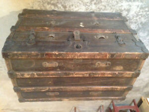 """Large Trunk """"Sea Chest"""""""