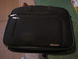 Samsonite Laptop case, Mint, like new.
