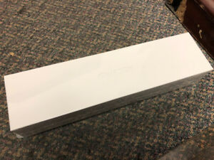 Brand New Sealed Apple Watch 44MM Series 4 with GPS and Cellular