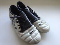 Nike moulded stud football boots-size10.5