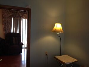 FURNISHED HOME IN COBOURG- IDEAL FOR CONTRACTORS Peterborough Peterborough Area image 7