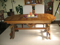 Beautiful Slat Top Teak Dining table with 4 chairs