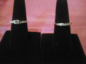 Avon engagement set silvertone costume sixze 8