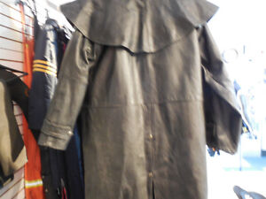 "Leather ""mantracker style"" coat @recycledgear.ca Kawartha Lakes Peterborough Area image 6"